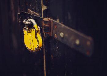 A yellow padlock.